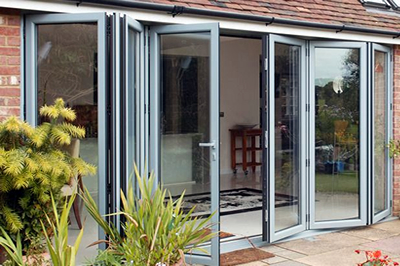 aluminium bi-folding door brands include Smart, RAUM and Origin from Solihull WDC