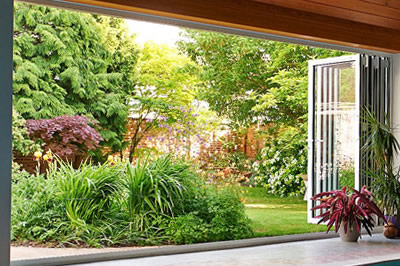 smarts' aluminium bi-folding doors from Solihull WDC
